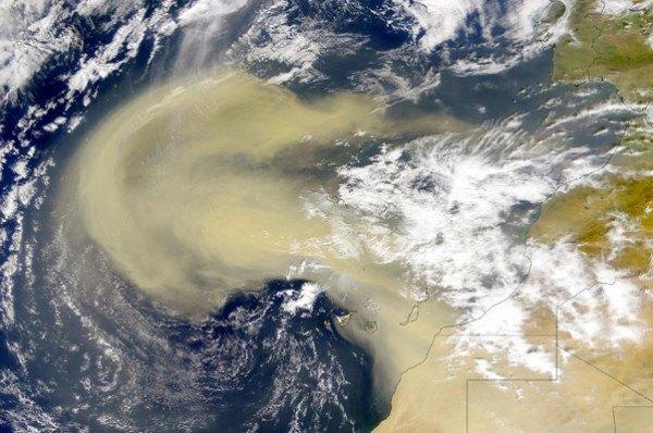 Tempesta de sorra africana: aire molt sec